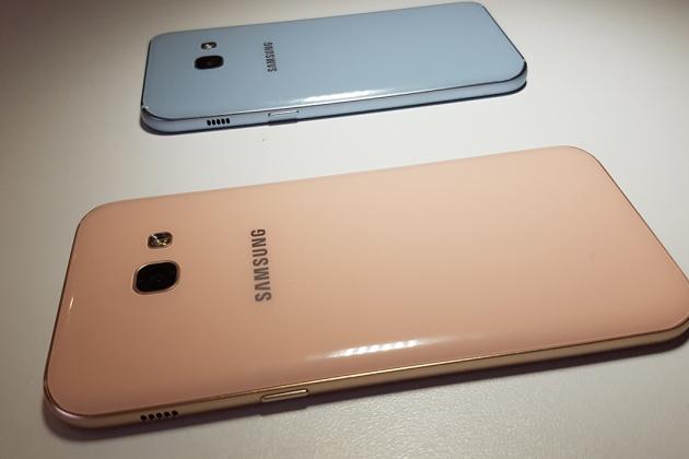 Prise en main des Samsung Galaxy A3 et A5 (2017)